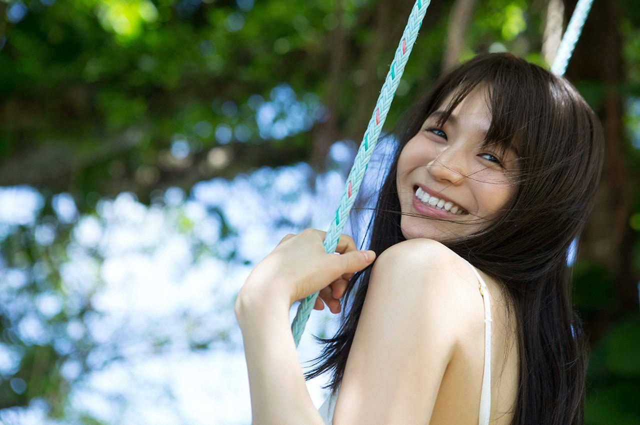 傳谷英里香 グラビア壁紙6 可愛い笑顔